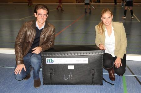 Firma Riedel Immobilien: vertreten durch Sohn Markus Riedel und Freundin