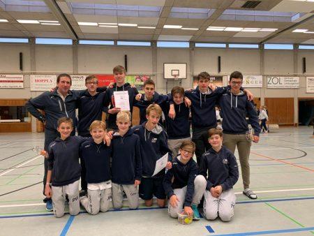 Zweiter Platz für die mJB und dritter für die A-Knaben - mit Trainer Ruperto